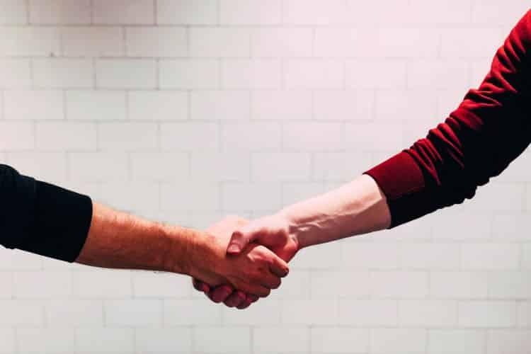 Οι άνθρωποι μπορούν να κάνουν καλύτερες επιλογές όταν αυτές ωφελούν τους άλλους