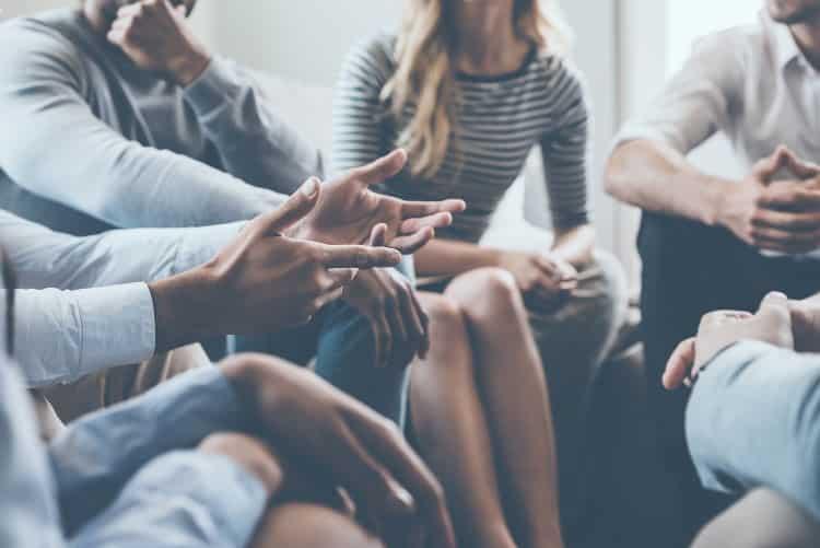Group Therapy: Δείτε τις ψυχοθεραπευτικές ομάδες που ξεκινούν σε Αθήνα, Θεσσαλονίκη και διαδικτυακά