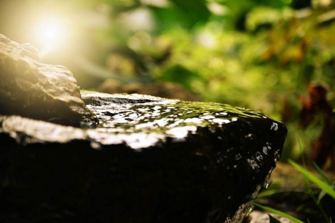 Διαλογισμός στο θεραπευτικό φως μέσα μας