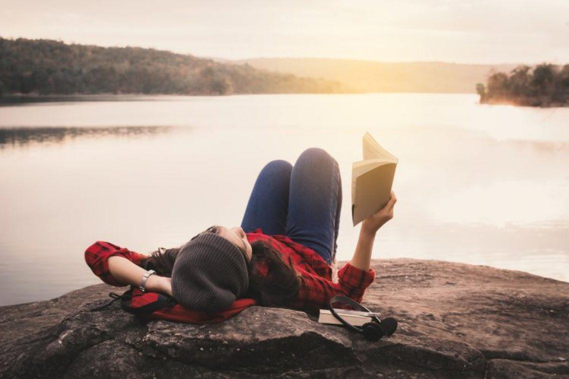 Τα 10 συμπτώματα που μας δείχνουν ότι δεν ζούμε τη στιγμή